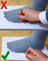 how to draw around your feet